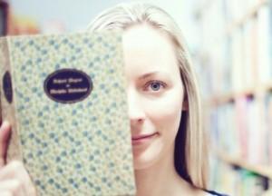 Ingrid-Jonach_Book_Web-415x300-2